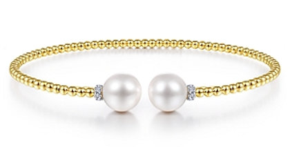 Gabriel & Co.- Pearl Accent Bangle
