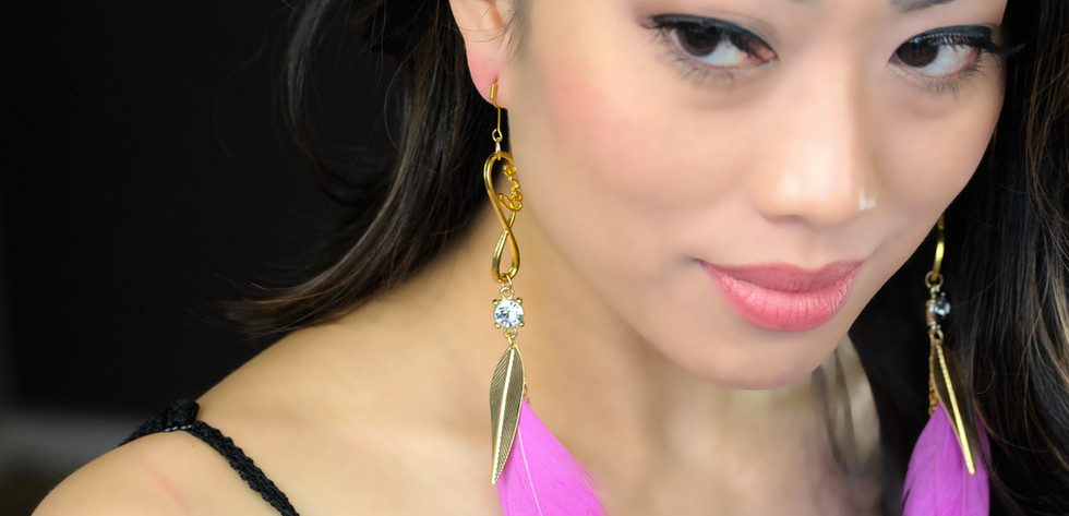 Perfect your girly glam Look