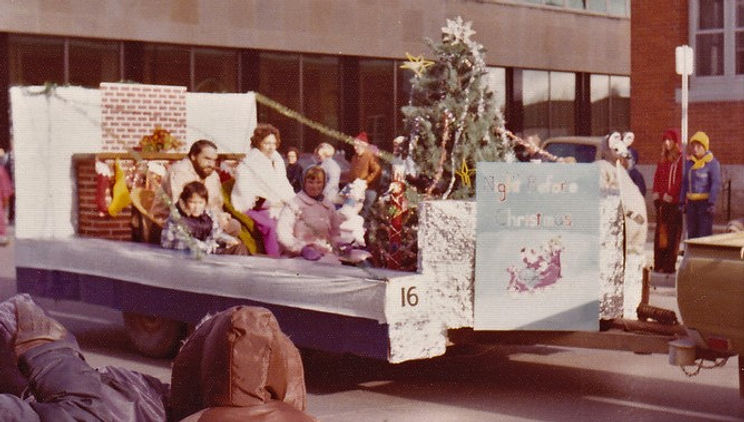 santa clause parade f.jpg