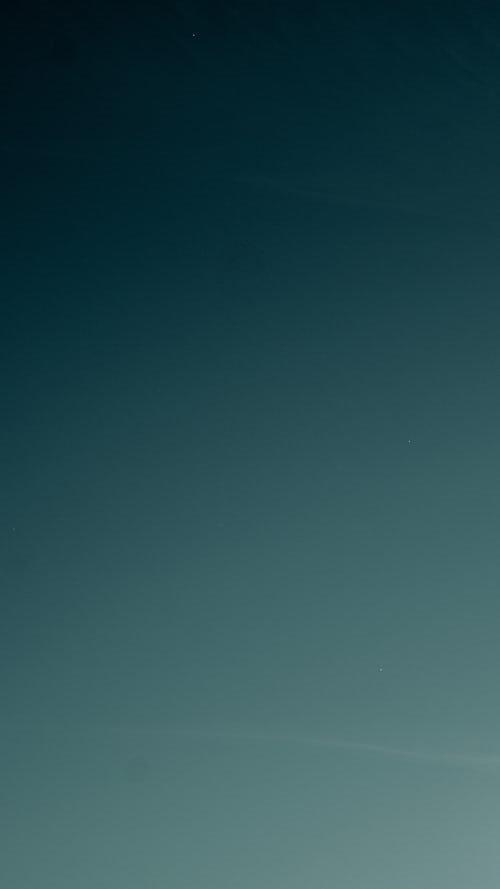 Background photo of moon in sky_InPixio.