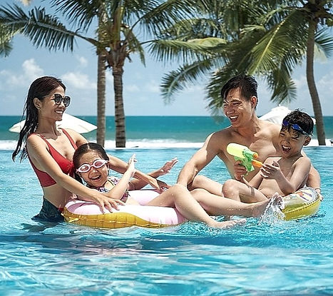 south-east-asia-luxury-family-beach-reso