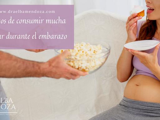 Riesgos de consumir mucha azúcar durante el embarazo