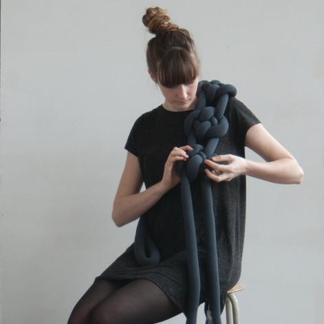 Comphy_Dark Grey.2_Manon Stoeltie