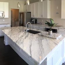Marble-Veining-White-Stone-Counter