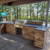 Outdoor-Kitchen-Stonework