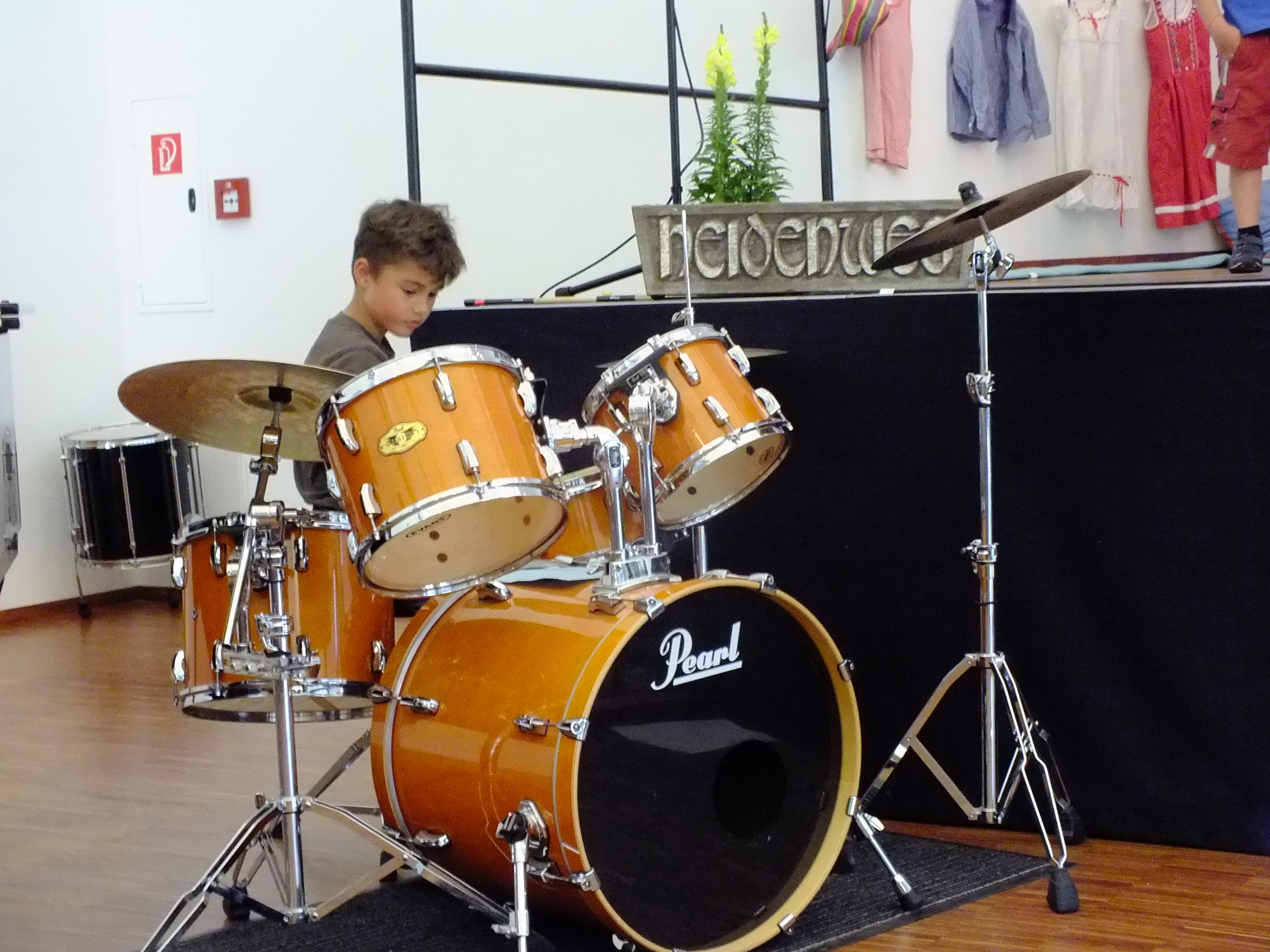 Unser Schlagzeuger Nils