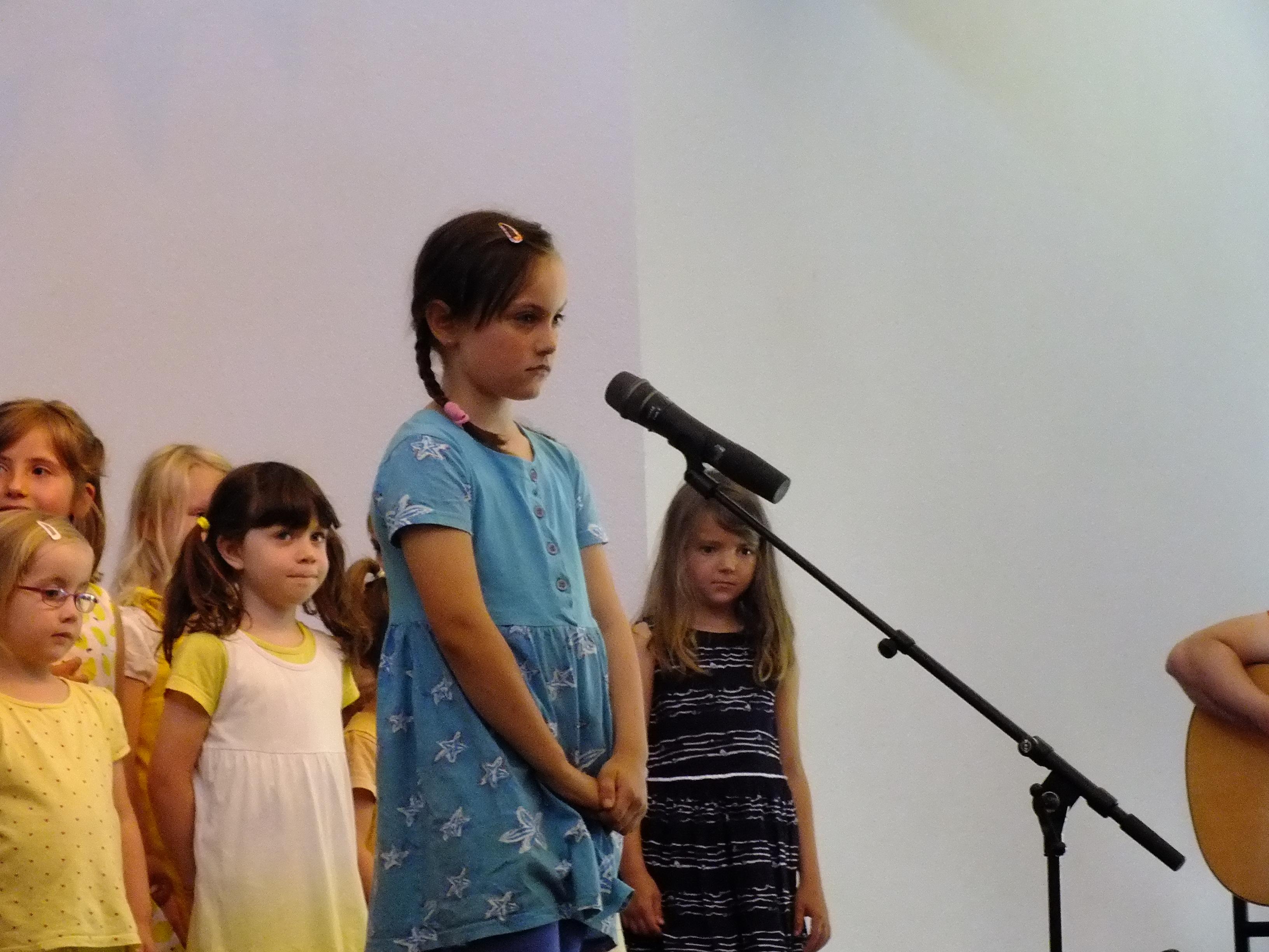 Alicia eröffnet das Sommerkonzert