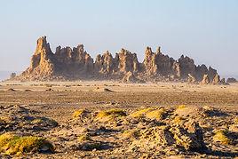Lac_Abbé_in_Djibouti_landscape_5.jpg