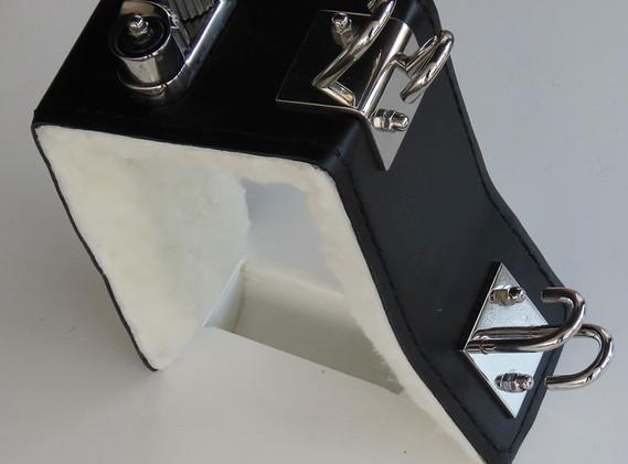 Fender Hooks