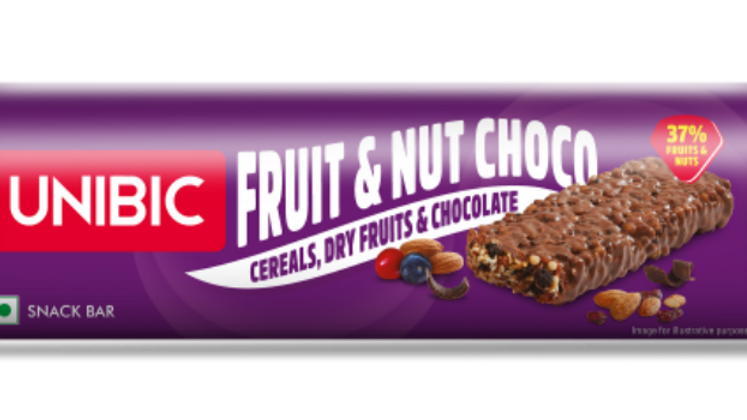 Unibic Bar Fruit n Nut with Chocolate30gm