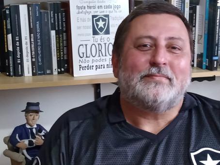 O autor de Hoje é Dia de Botafogo