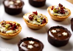 Sweet mini tart canapes_edited