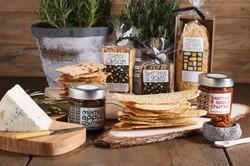 selcetion cracker, cheese & jam