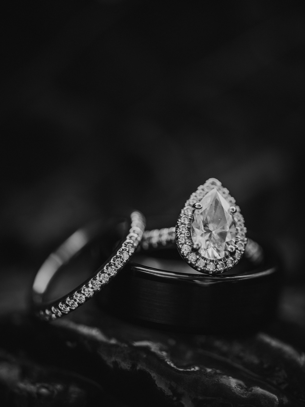 Wedding ring photography in Rochester, NY.  Photographers New York.
