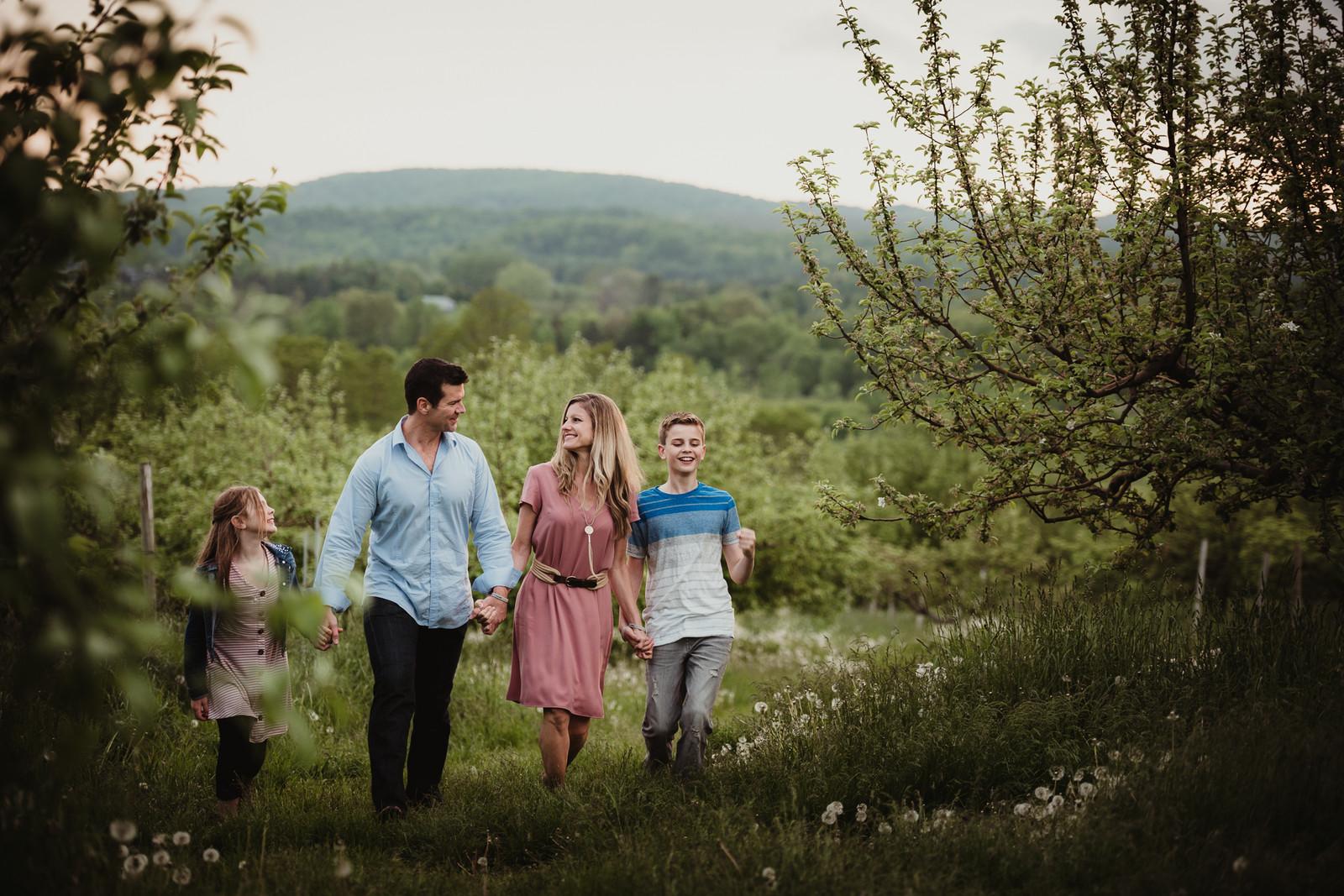 Family Photographer Rochester, NY | Danielle Snow Photography