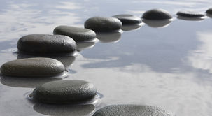 stenen op water.jpeg