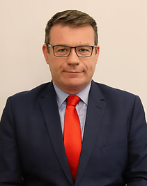Alan_Kelly_(official_portrait)_2020_(cropped).png
