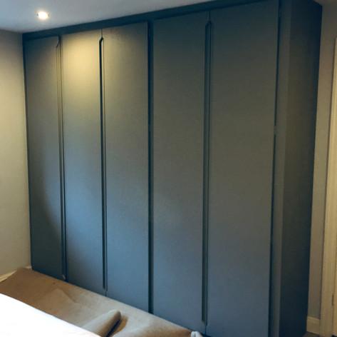 Modern Vinyl Door Wardrobes
