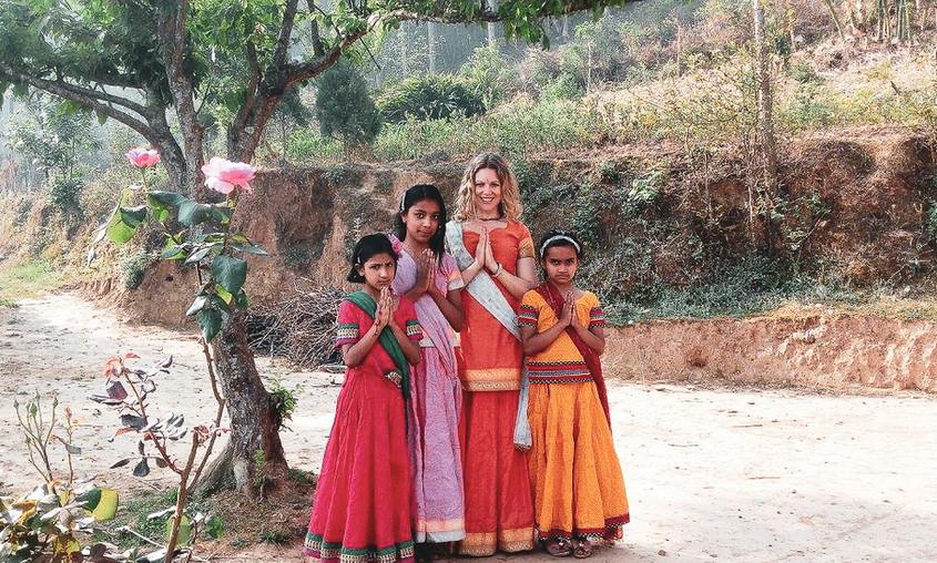 Yoginis, Shanti Yoga Ashram, Nepal