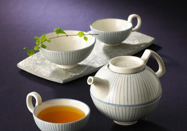 奉茶杯、奉茶碗、奉茶壺