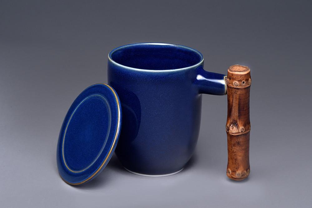 釉色:客衫藍