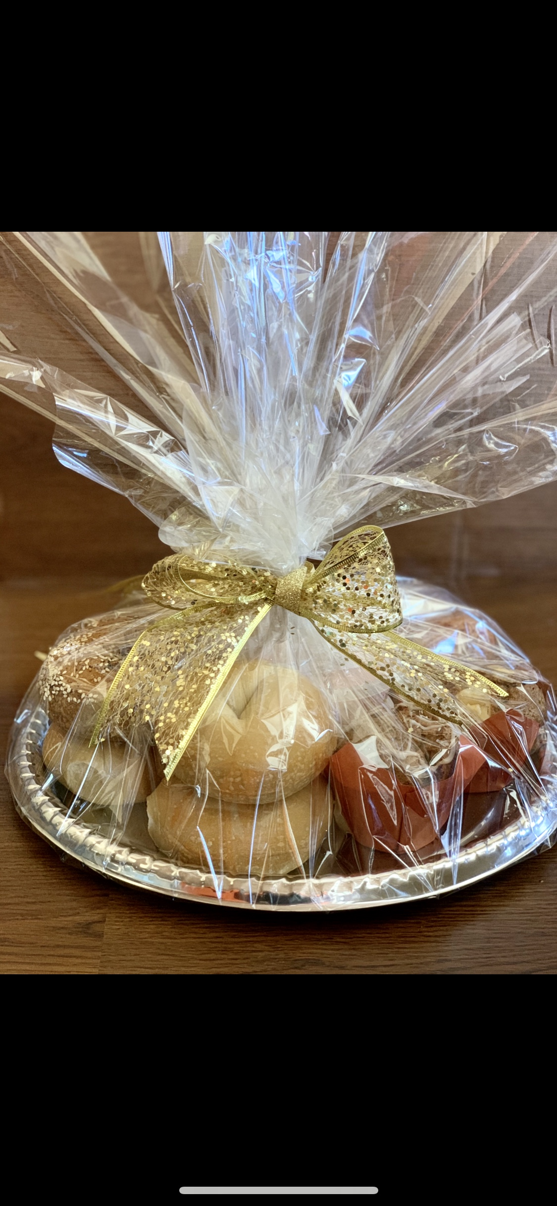 Gift basket tray