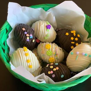 Easter-Oreo-Truffles.jpg
