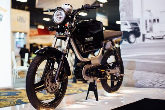 MONDAY-MOTORBIKES-GEN7-4.jpg