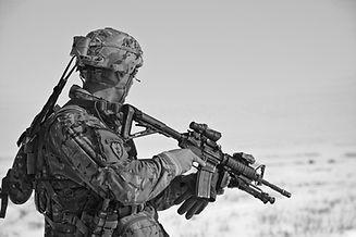 soldier-60707_1920.jpg