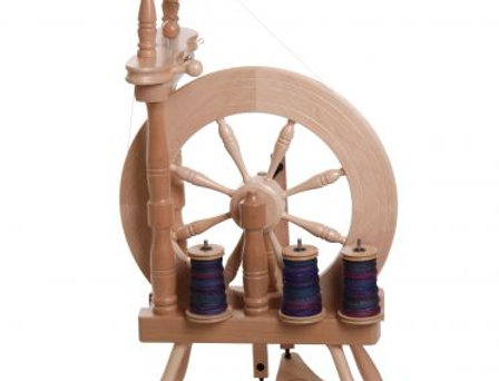 Traveller Spinning Wheel Double Treadle Single Drive Natural