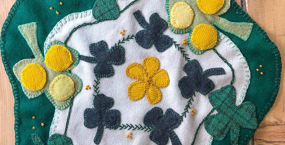 Shamrock Penny Wool Table Mat