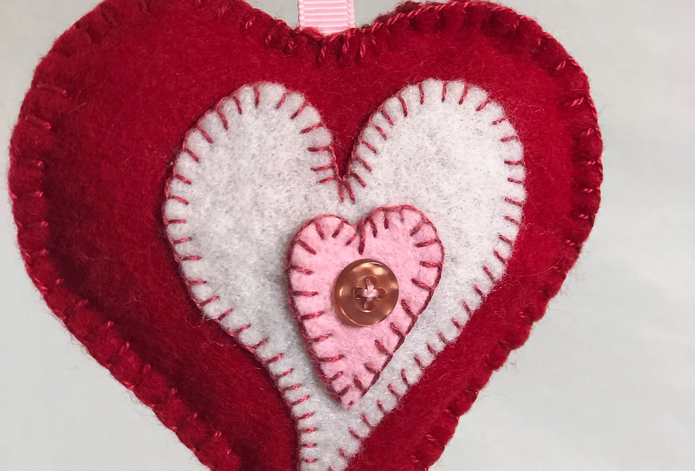 Warm Your Heart, Penny Wool  Ornament Kit