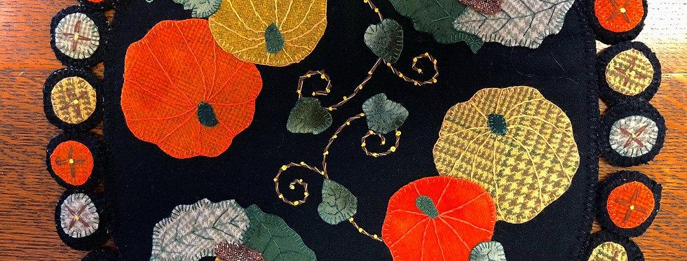 Penny Wool Pumpkin Table Mat