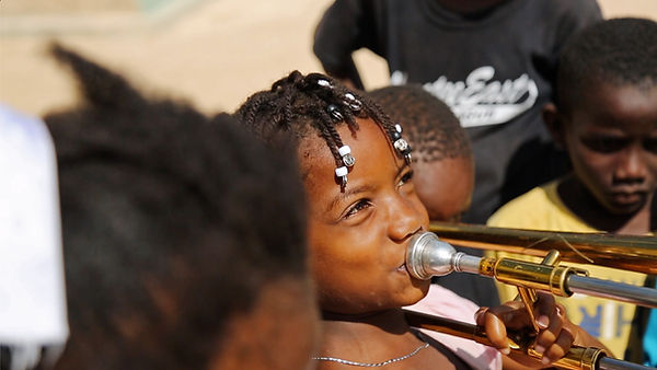 trombonegirl.jpg