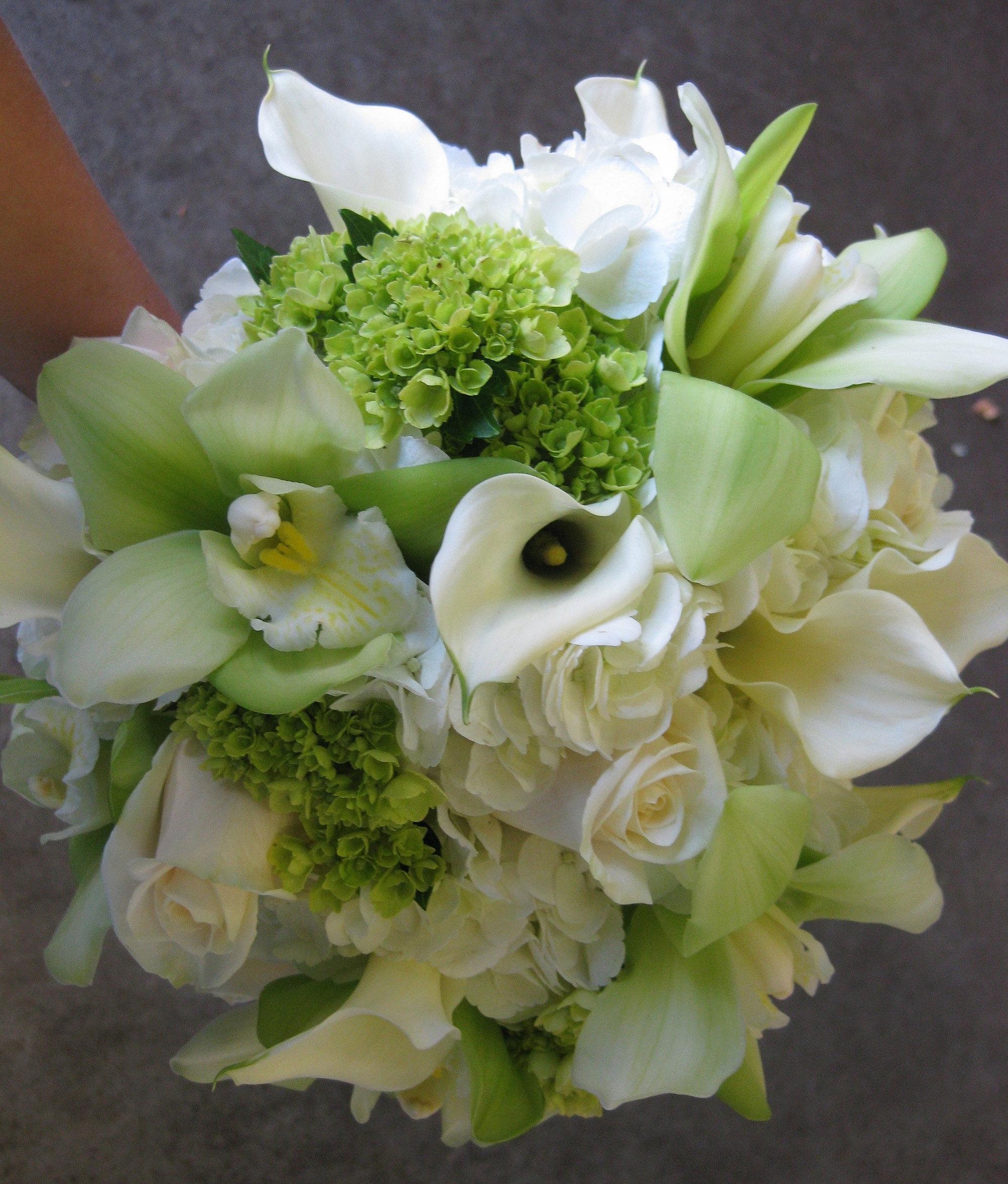 wedding flowers seattle around the rose weddingflowerswithpassion. Black Bedroom Furniture Sets. Home Design Ideas