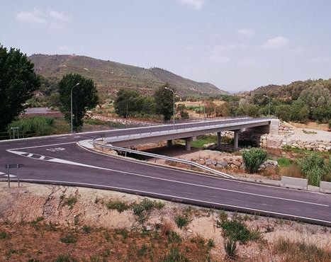 Can Font bridge over the River Cardener in Castellgalí
