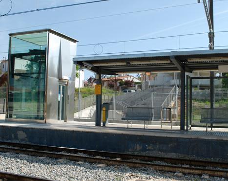 Piera railway station. Level crossing deletion