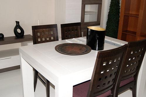 Mesa y sillas pack 1