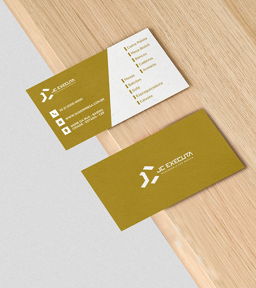 Cartão-sobre-a-madeira-JC.png