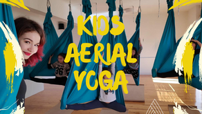 Tι να περιμένουν τα παιδιά σε μια πρακτική Kids Aerial Yoga