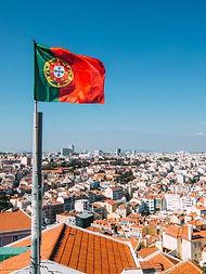 lisboa-portugal-1625779076213_v2_450x600.jpg