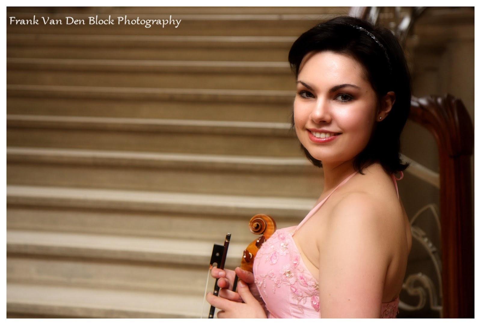 Violin lesson - Nadja Nevolovitsch
