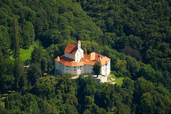 Pisece Castel