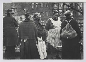 04.09.01 Frauen des Pinselheinrichs