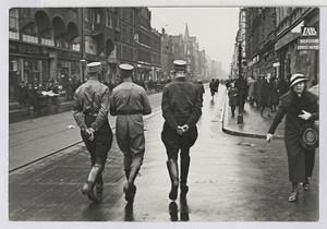 19.07 SA-Proleten patrouillieren im Arbeiterviertel Linden (Limmerstr.)