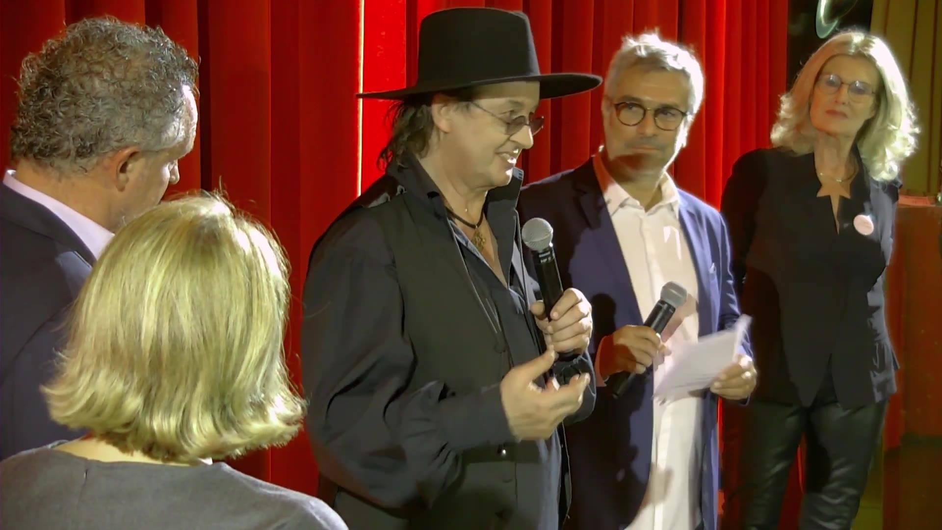 Trophée d'honneur 2017 : remis par Stéphane Robert Le Dauphiné Libéré à Marc Veyrat parrain de l'édition 2017