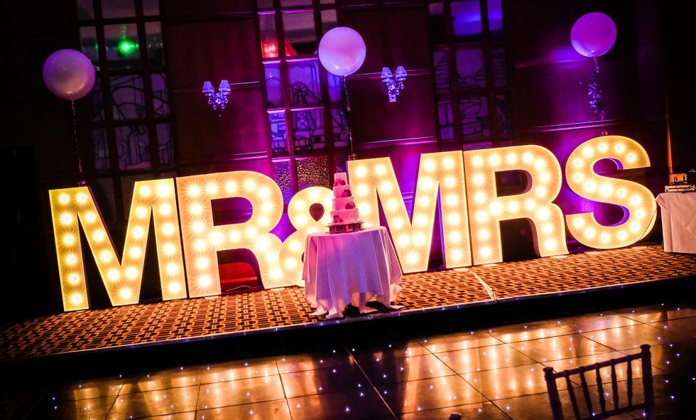 5ft MR & MRS Light up letters