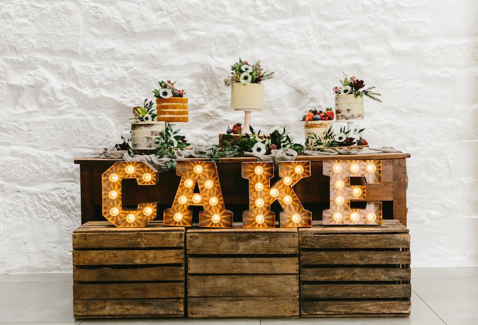 Mini coco - Light up CAKE sign