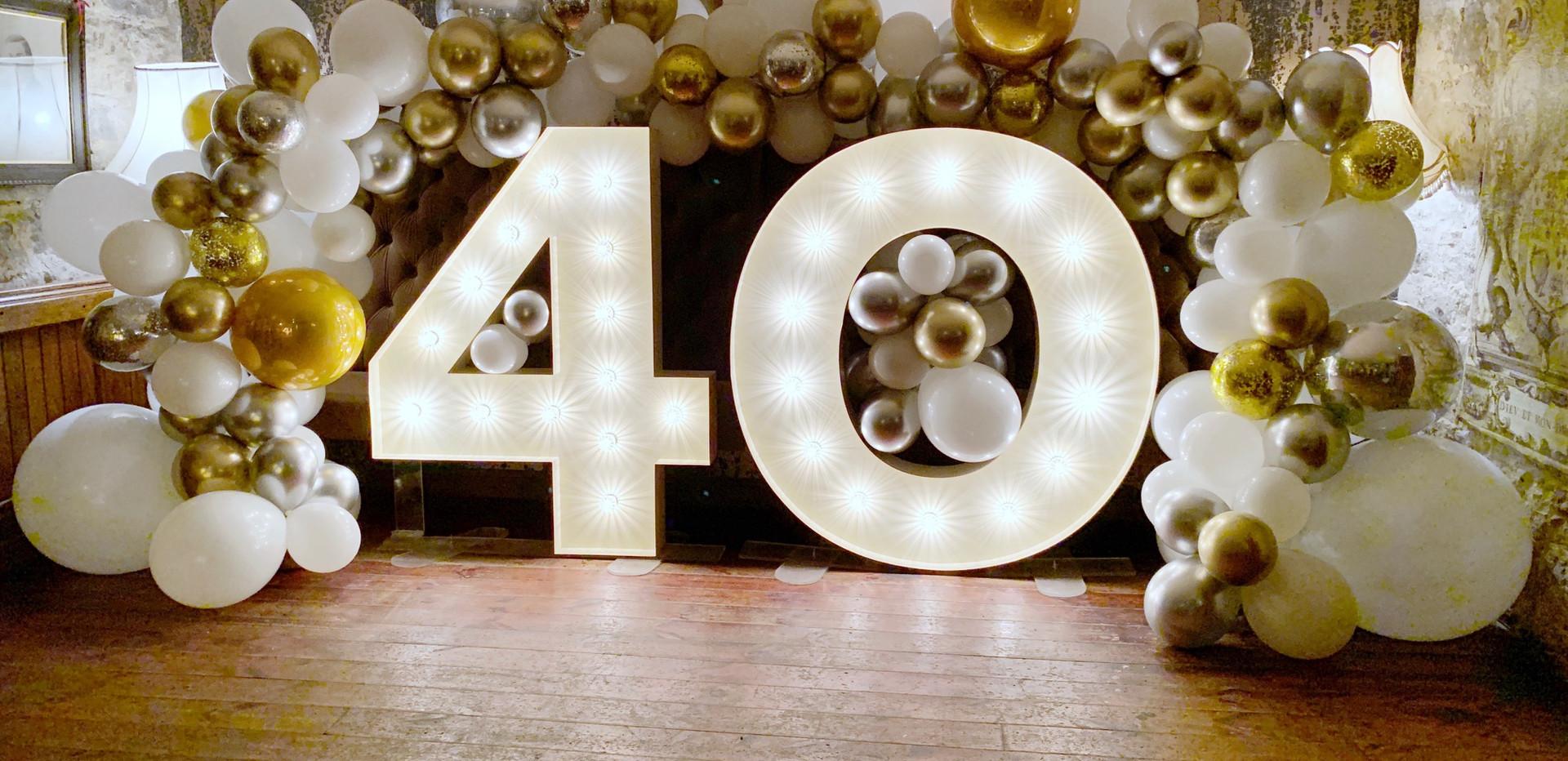 Light up 40