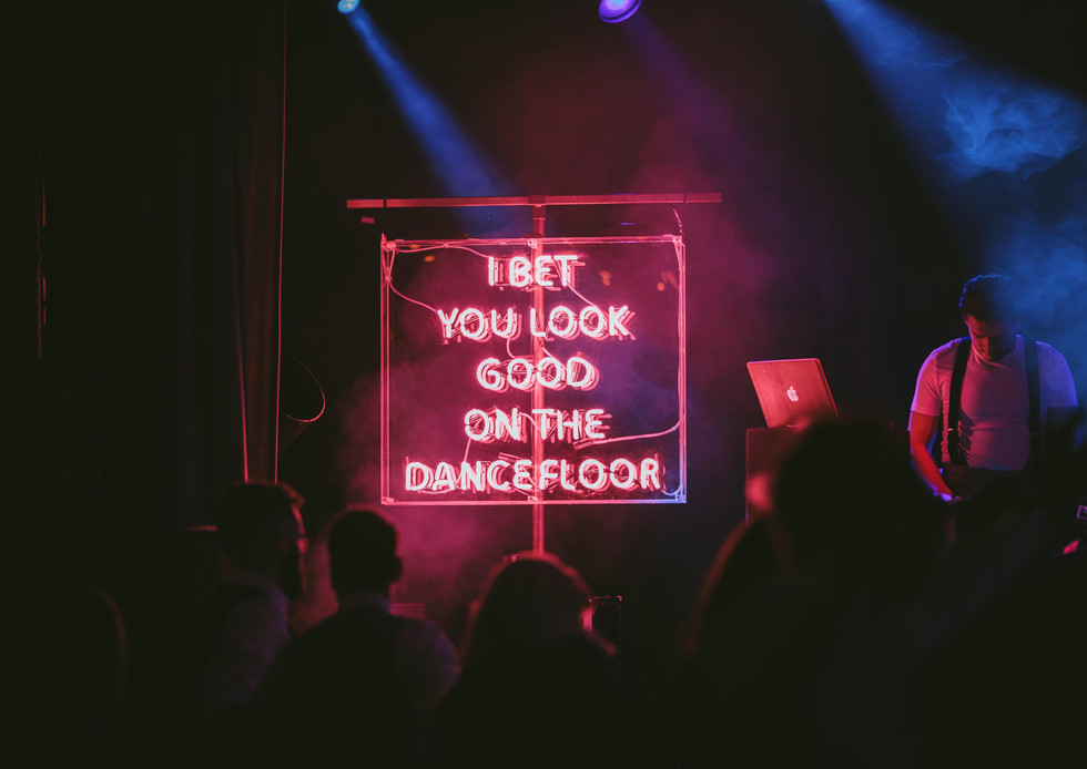 I bet you look good on the dancefloor neon sign